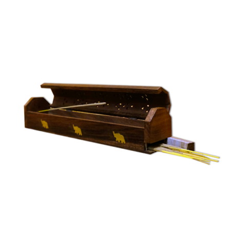 Füstölőtartó doboz